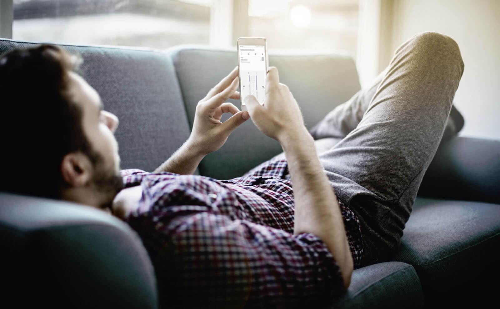 Hraní hazardních her na mobilu