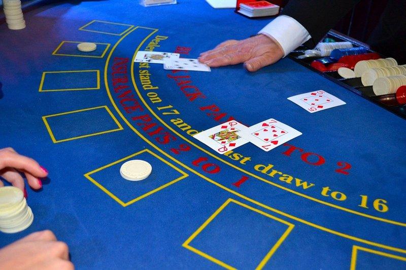 Stůl pro Blackjack
