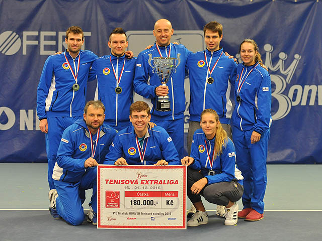 Druhé místo obsadili TK Sparta Praha v turnaji tenisové extraligi 2016